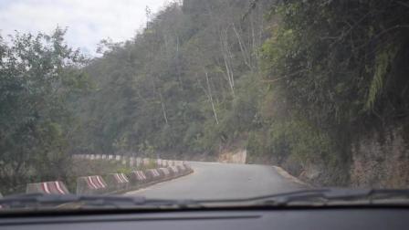 实拍云南大山里的盘山公路, 太美了