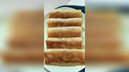 土豆丝卷饼的做法, 鲜香美味, 土豆丝: 土豆丝焯水, 洋葱, 青椒