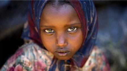 残酷的非洲恶俗, 几分钟看完《沙漠之花》