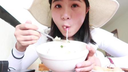 来西安怎么能不吃羊肉泡馍和酸汤水饺! 中国吃播~