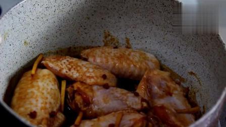 可乐鸡翅已经落伍了, 看现在流行什么做法, 超级简单又美味