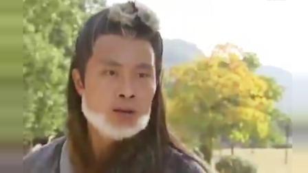 少林高僧当了叛徒, 张三丰使出太极十三式, 打得连内脏都吐出来了