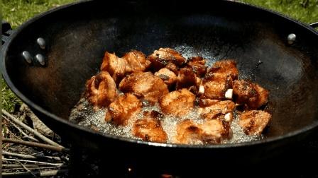 生煎排骨这样做很美味, 一人吃完一盘, 香啊