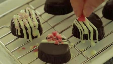 创意草莓夹心巧克力做法:看世界杯 这样酸酸甜甜又高颜值的甜食 想学就赶紧收藏