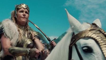 DC漫画: 那些身穿盔甲的美女战士, 终究是抵不过人类的火抢