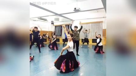 好有激情的#民族舞蹈##维族舞蹈#