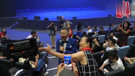 著名歌唱家王宏伟有多火, 看看粉丝们反应多热烈