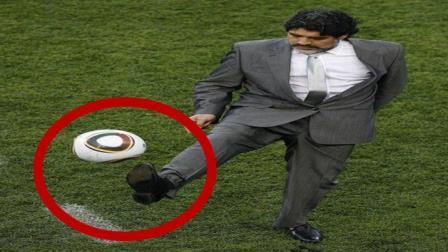 足球教练穿西装皮鞋停球比队员还好, 这是找不到对手才退役的?