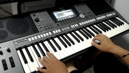 电子琴演奏-嘴巴嘟嘟