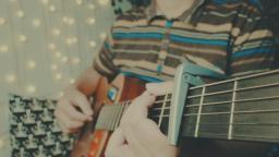 吉他弹唱木小雅《可能否》这首歌最近很火!