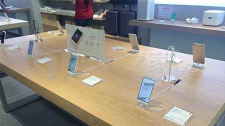 在网上买手机和在实体店买手机, 到底会有啥区别? 今天可算知道了