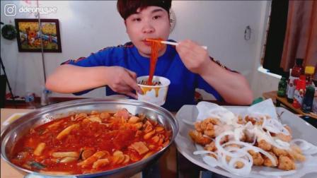 韩国大胃王胖哥吃牛肉炒年糕炖粉条、柠檬奶油虾炸鸡、金枪鱼杯饭