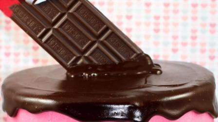 巧克力化在了蛋糕上, 这绝对是今天最馋人的蛋糕, 没有之一!