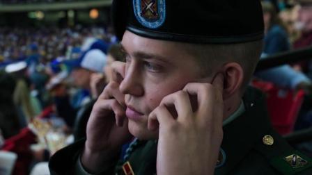 比利林恩的中场战事中消音强调技法