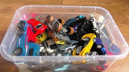 盒子玩具系列之赛车跑车卡车展示