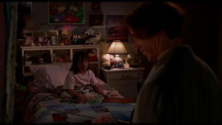 小小愿望:小女孩问美利她有几个愿望,美利:一位顾客一个
