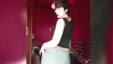 18岁伊朗网红 因上传舞蹈视频惹大祸...