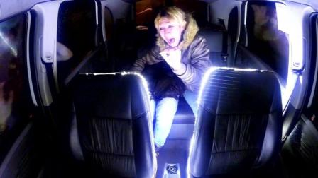 司机开到一半突然被白光带走 「恐怖外星人恶作剧」把乘客吓惨!