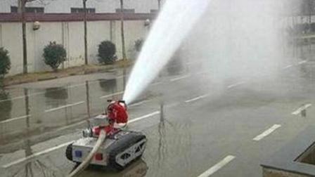 河南小伙发明坦克灭火机器人, 射程110米, 获国家25项专利!