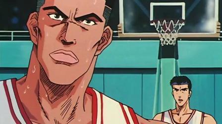 灌篮高手: 樱木的第二次犯规, 却展现出他无敌的弹跳能力!