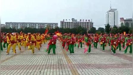 视频制作萱子, 400人中老年人表演健身腰鼓