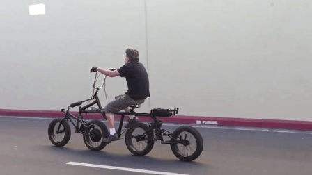 老外真会玩, 自制四轮自行车, 速度40km/h, 好骑吗?