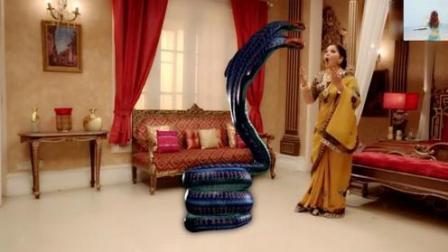 蛇女在额度婆婆面前现出真身, 她是一条五头蛇的娜迦女