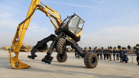 厉害了我的国, 中国发明可变形的挖掘机, 让老外羡慕不已