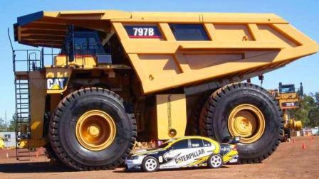 世界最强运输车, 2300马力负载450吨, 一个轮胎就要60万