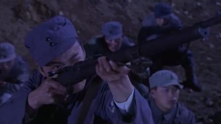 八路军小伙打仗随机应变!正面不行就从侧面来,真是太会打仗了!