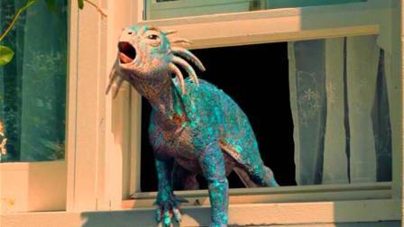 小男孩养了一只恐龙当宠物, 才几天功夫就长的体型壮硕, 养不起了