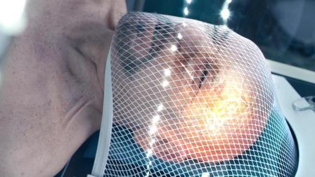 老富豪身患绝症, 花2.5亿换年轻身体! 速看科幻电影《幻体: 续命游戏》