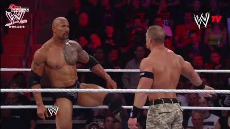 WWE巨石强森与约翰塞纳强强联手, 打的对手没脾气!