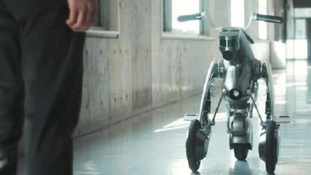 日本人发明可变形的机器人, 能秒变摩托车, 还会自动驾驶跟着跑