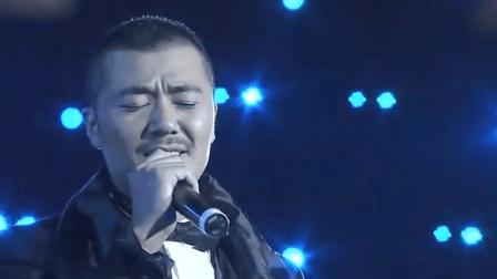 歌厅驻唱10年, 默默无闻的他凭借这首《天使的翅膀》, 一夜成名