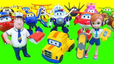 变形小车和迷你变形金刚机器人玩具