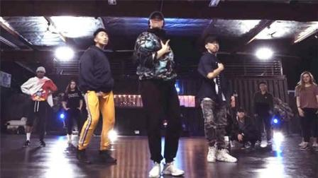 【UrbanDance.Cn】Carlo Atienza 编舞《Play》Urban Dance Choreography Snowglobe