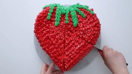 高颜值, 内含惊喜的红色草莓蛋糕