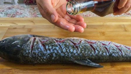鲤鱼最好吃的做法, 不用一滴水, 好吃到连汤都不剩, 做法一看就会
