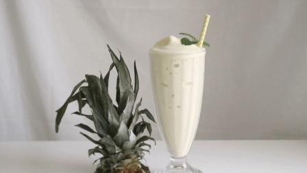 简易美味的菠萝香蕉奶昔, 自制冰爽好喝的夏季饮品
