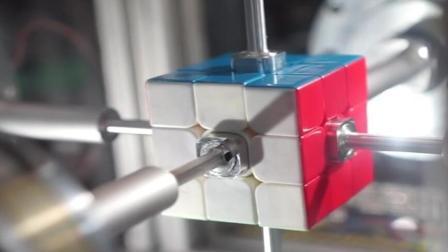 他们发明机器人, 0.38秒就解开魔方, 谁也超越不了?