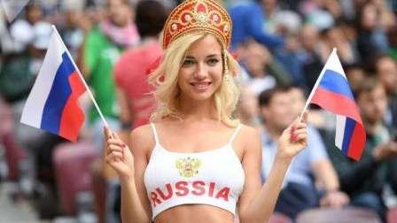 世界杯最亮眼的五大美女球迷,俄罗斯金发美女倾国倾城
