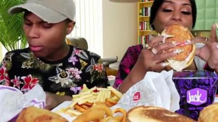 美国吃货黑人大妈和她儿子, 吃汉堡包、鸡肉三文鱼、洋葱圈、薯条
