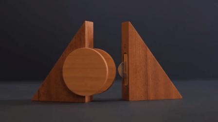 女师傅把木头车成了三角形, 放入磁铁后, 我才知道多好玩