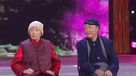赵本山小品《火炬手》撞上宋丹丹黄金搭档, 全场笑翻了