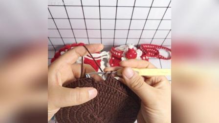 美拍视频: 草莓蛋糕束口包教程