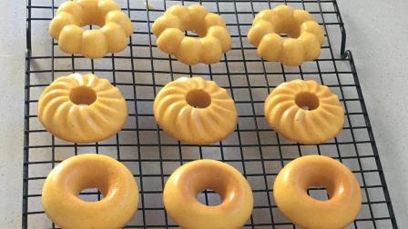在家做创意小蛋糕, 不加油不加水, 制作步骤简单, 松软香甜很好吃