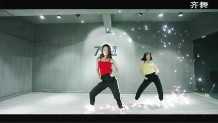 美拍视频: 给我乖—孟佳舞蹈cover