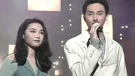 20岁的张智霖, 舞台上完美演绎《现代爱情故事》, 唱功如何?