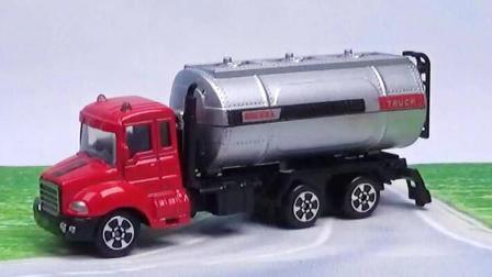 油罐车玩具视频, 油罐车工程车合金汽车玩具表演